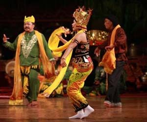 Gambar penari tayub