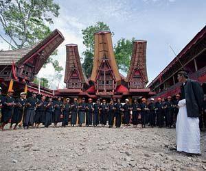 Upacara adat suku indonesia